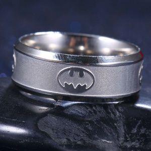 NWT Unisex Batman Stainless Steel Titanium Band